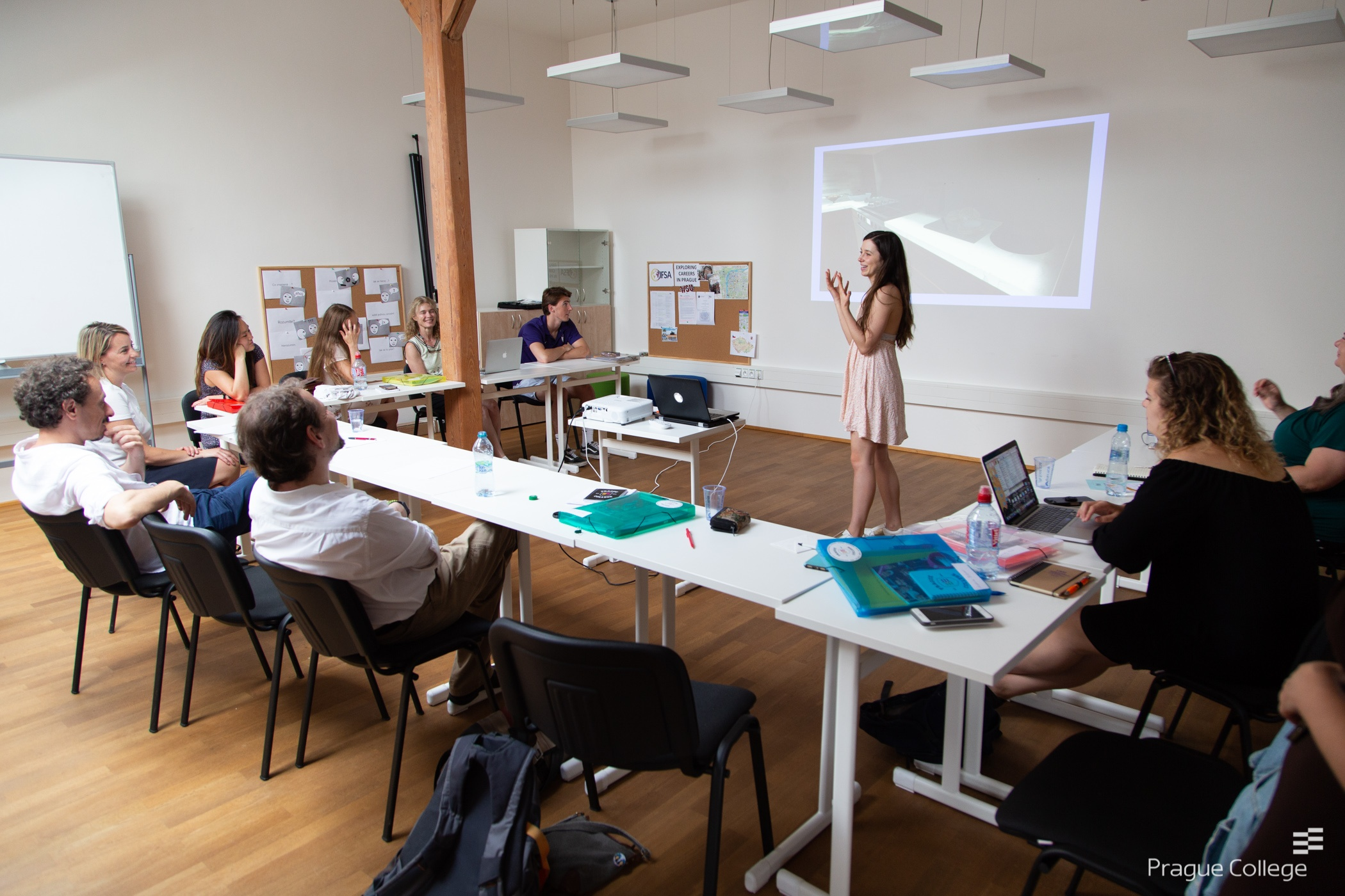 American studentsconclude their Prague College semester